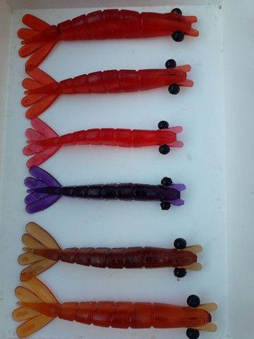 Isca camarão artificial 10,11 e12cm 2,80 - Foto 2