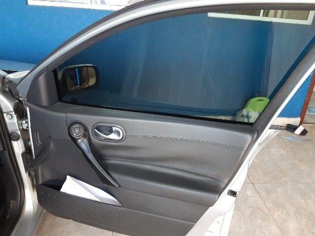 Megane Sedan Dynamique 2.0 16V Automático - Foto 8