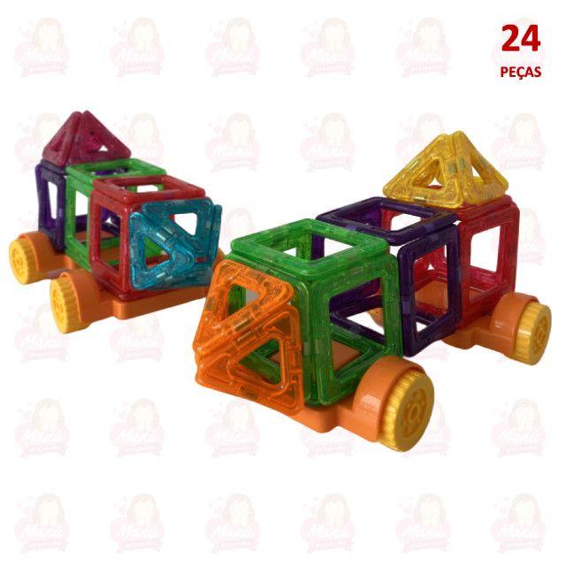 Blocos Magnéticos com 24 peças   Triângulos, quadrados e rodinhas - Foto 5