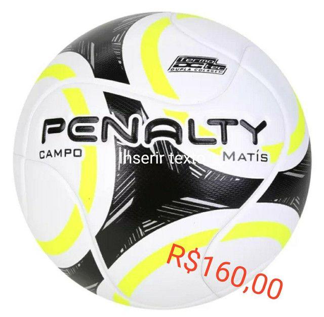 Bolas de futebol campo