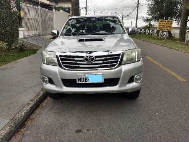 Toyota Hilux 3.0 SRV 4X4 CD 16v Turbo Itercooler, 171cv, cor prata, ano 2012 - Foto 3