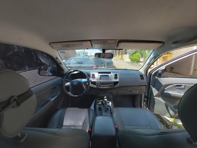 Toyota Hilux 2014 SRV 4x4 gasolina - Foto 7
