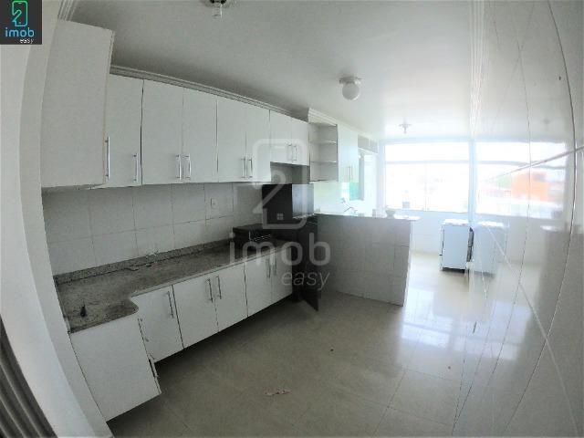 Alugo Casa 3 pisos na Cachoeirinha, 5 salas amplas (boa localização para ponto comercial) - Foto 5