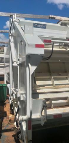 Coletor Compactador de Lixo CP-15 - Foto 2