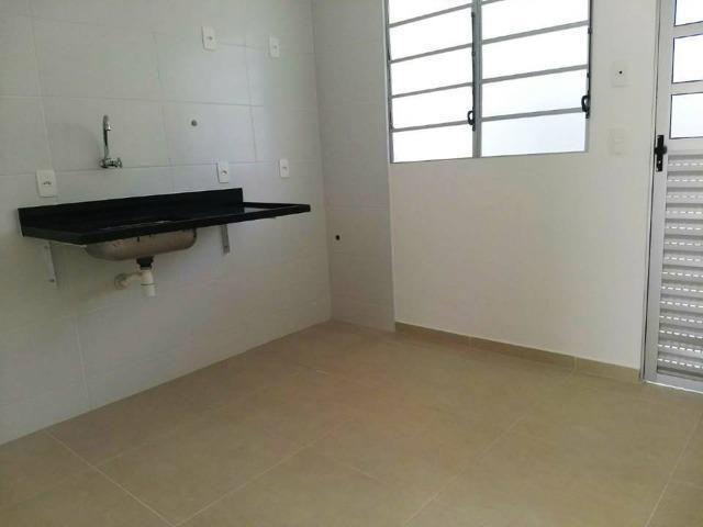 Lindas casas 02 qts quintal garagem ótima localização transporte na porta financiadas - Foto 6