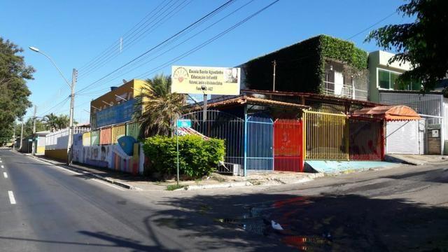 Casa em ponto comercial de esquina 3° avenida Núcleo Bandeirante , 3 Quartos