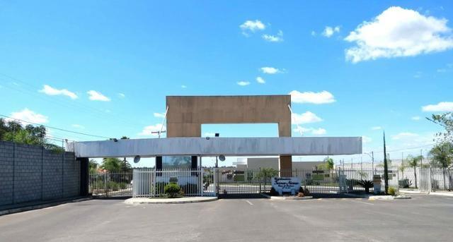 Casa de 2/4 com cobertura no fundo - Cond. Terra Nova 1 com a Taxa Condominial já Inclusa