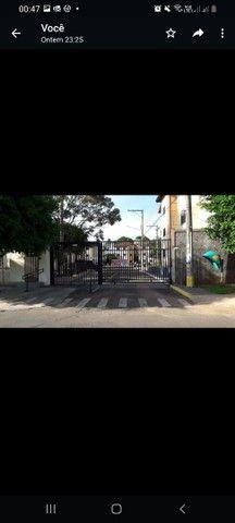 Alugo apartamento no Tiradentes
