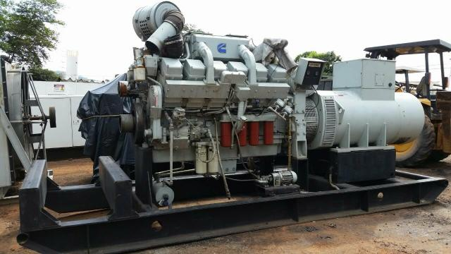 Grupo Gerador stemac 950 kva Motor cummins KTA38 - Foto 4