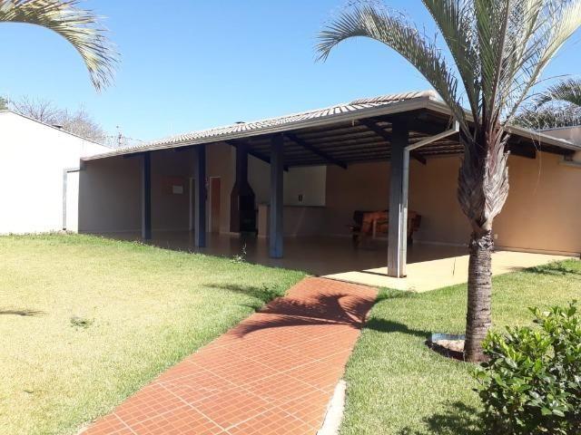 Aluga-se casa no Condomínio Safira na Vila Cristal com 3 quartos - Foto 20