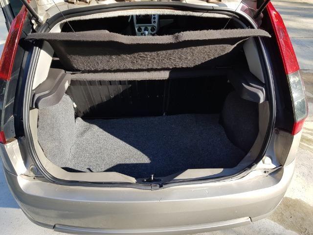 Ford Fiesta flex 1.0 SE completo, 13/14 repasse R$19.900 - Foto 8