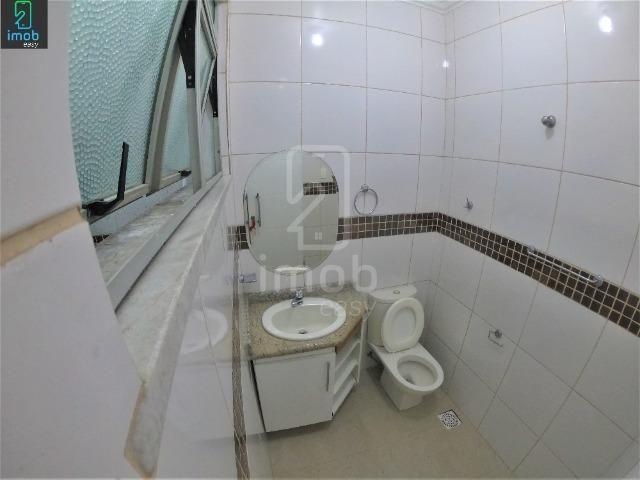 Alugo Casa 3 pisos na Cachoeirinha, 5 salas amplas (boa localização para ponto comercial) - Foto 6