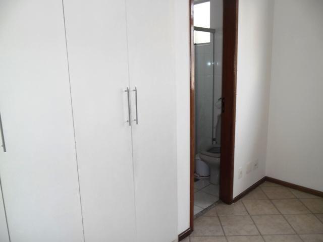 EXCELENTE E AMPLO 3 QUARTOS NO CAIÇARA - Foto 2