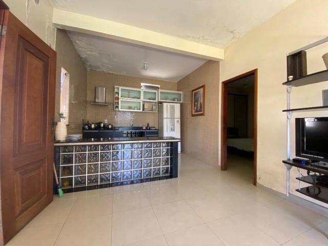 Casa na Rua Joaquim Fonseca - 300 m² - Próximo ao Shopping Castanheira - Foto 7