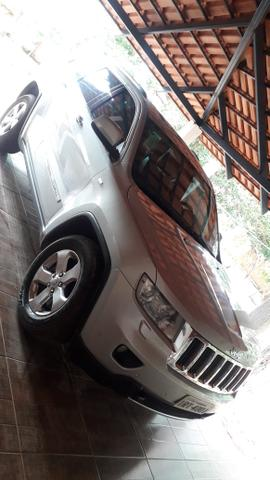 Jeep Grand Cherokee Limited 4x4 - Foto 2