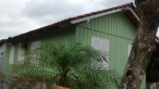 Aconchegante e Perto da Praia- Casa de Temporada na Barra do Sul - 3 Quartos - Foto 5