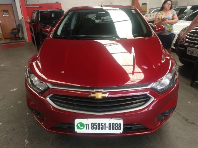 Onix Hatch Lt 1.4 Automatico Flex 8v 2018 Vermelho Un Dona !