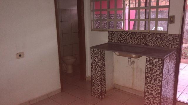 Casa fundos mobiliada * Whats - Foto 3