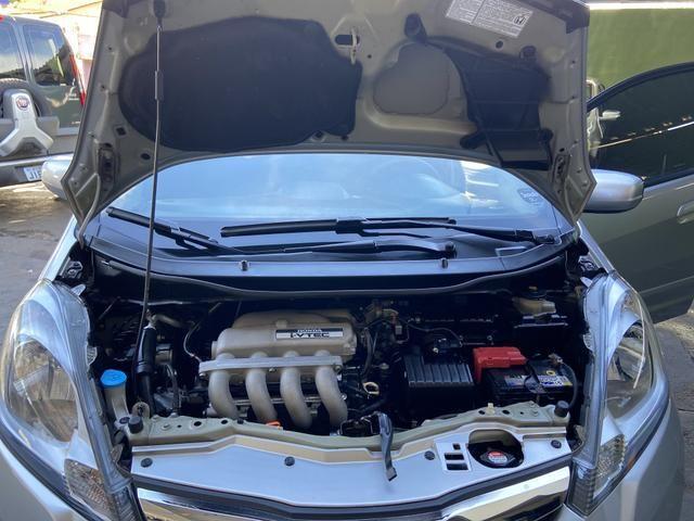 Honda Fit 2014 Lx 1.4 Automático Flex Pneus novos - Foto 20