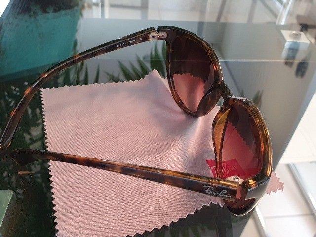 Óculos de Sol Ray-Ban Emma RB4167 (Original) - Foto 4