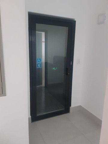 Alugo 01 sala com 10m2, excelente localizaçao no bairro jdm elite - Foto 12