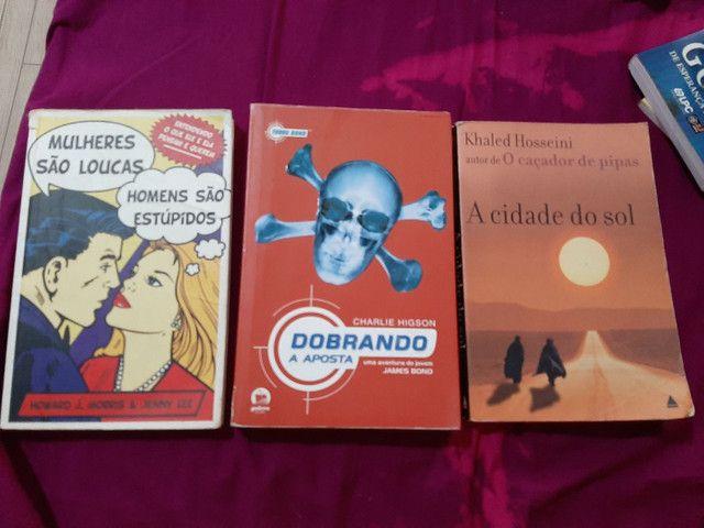 Livros  8 reais - Foto 3