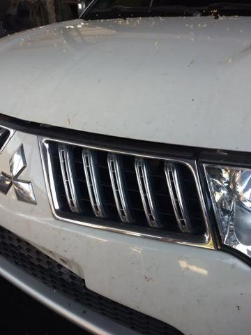 Pajero Dakar 3.2 diesel ano 2012 sucata somente peças - Foto 4