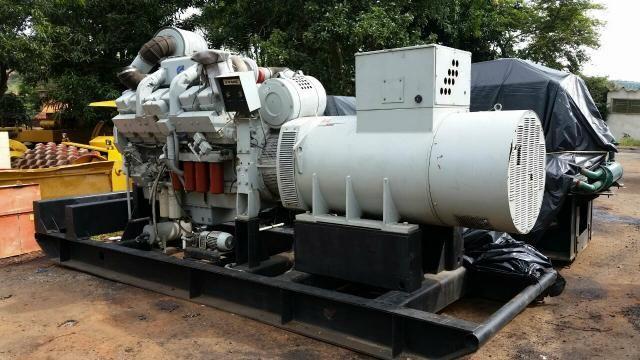 Grupo Gerador stemac 950 kva Motor cummins KTA38