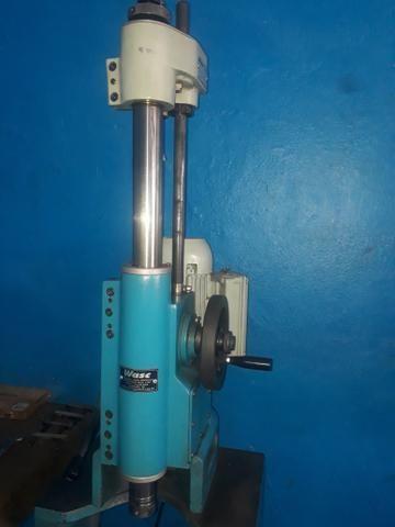 Máquina de retifica ( Broquiadeira) valor 26 mil