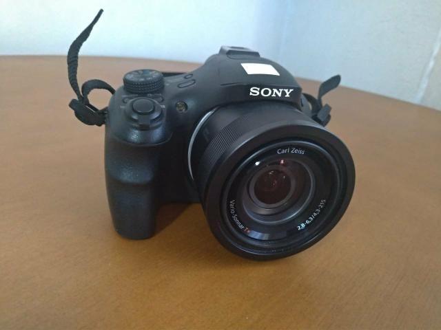 Camera Sony HX400V