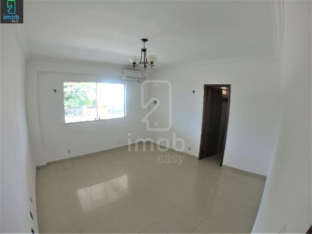 Alugo Casa 3 pisos na Cachoeirinha, 5 salas amplas (boa localização para ponto comercial) - Foto 18