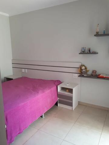 Aluga-se casa no Condomínio Safira na Vila Cristal com 3 quartos - Foto 3