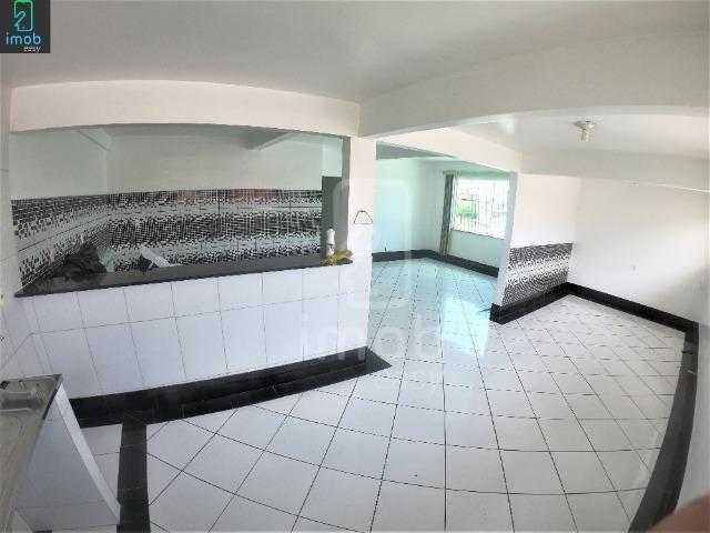 Alugo Casa 3 pisos na Cachoeirinha, 5 salas amplas (boa localização para ponto comercial) - Foto 14