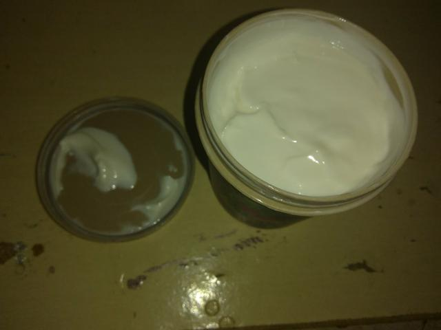 Manteiga corporal Lola cosméticos