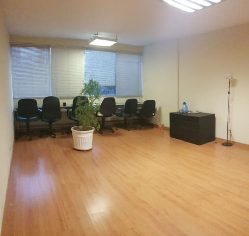 Sala 60 m² em casa comercial no prado - Foto 2