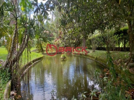 Belíssimo sítio com área de 45 mil m² em albuquerque, teresópolis/rj