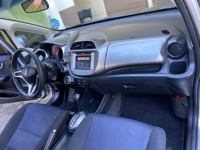Honda Fit 2014 Lx 1.4 Automático Flex Pneus novos - Foto 18