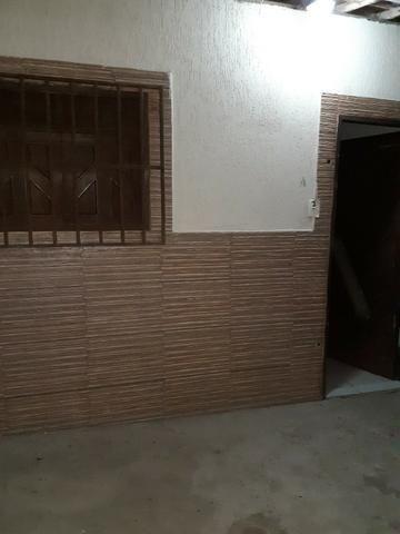 Casa com 1 quarto no conj. Santarém prox. A Itapetinga em condomínio fechado