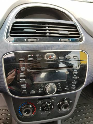 Fiat Punto 1.4 Itália 2013 - Foto 17