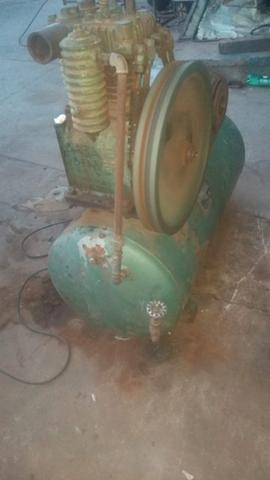 Compressor trifásico - Oportunidade