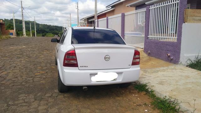 Vendo Astra 1.8 - Foto 5