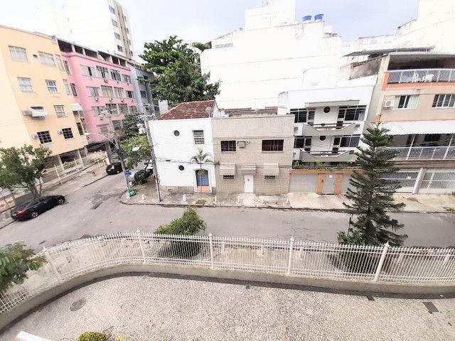 Rua Conselheiro Zenha, 03 dormitórios, juntinho a Praça Sãens Pena (Metrô) - Foto 20