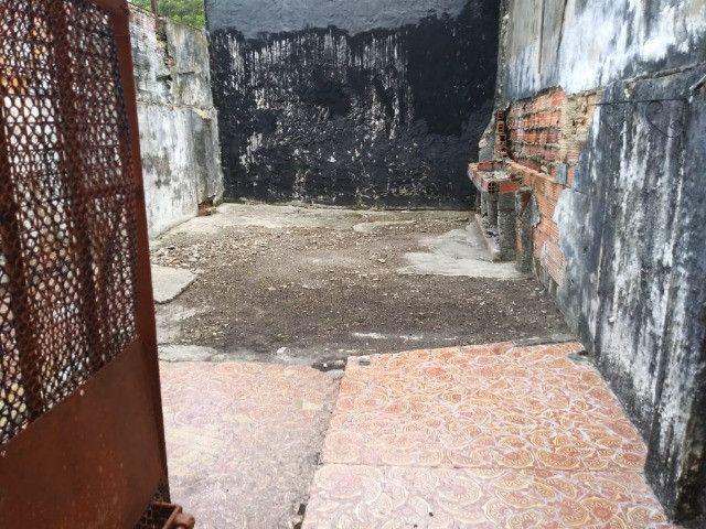 Dr. Vianna aluga CASA na Av. Magalhães Barata - Foto 12
