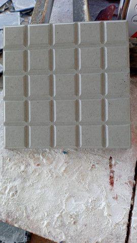 Piso tátil, Alerta, direcional, ladrilho hidráulico, anti-derrapante, piso concreto - Foto 4