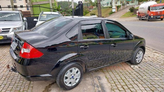 Fiesta 1.0 8v Sedan 2008 Completo - Foto 6