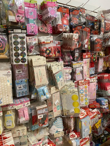 Estoque loja de festas atual e com varios itens vendaveis