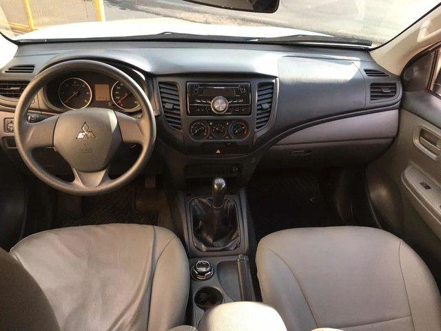 Mitsubishi L200 2.4 Triton Sport Glx Cab. Dupla 4x4 4p<br><br> - Foto 6