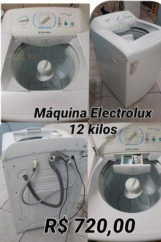 Máquina de lavar 12 kilos Electrolux