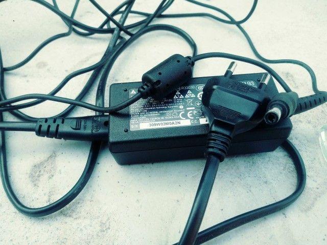 Garregador de notebook - Foto 2