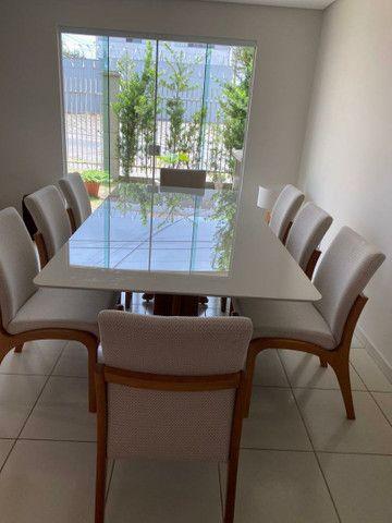 Mesa madeira + 8 cadeiras modelo Sabrina